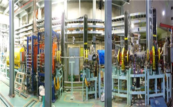 国内首台连续波重离子直线加速器与分离扇回旋加速器联合调试成功出束