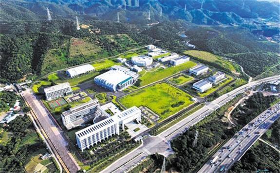 梁天骄:中国散裂中子源的工作原理
