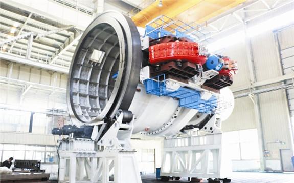 我国自主研制230MeV超导质子回旋加速器实现内靶束流调试