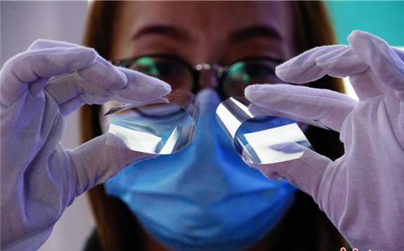 河北秦皇岛星箭抗辐射玻璃盖片为北斗卫星保驾护航