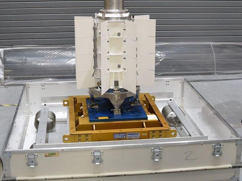 """美国""""毅力""""号火星车发射升空 核电池供电耐用可靠"""