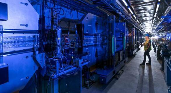 SLAC科学家开发出新方法生产更稳定的X射线