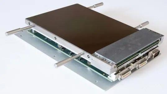 用于光学天文学和医学成像领域的超低噪声CMOS图像传感器