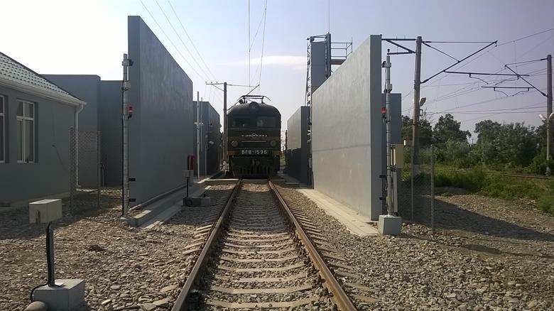 美国铁路边境利用高能X射线扫描仪筛查危险货物或列车