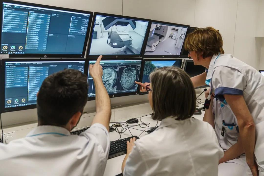 比利时首家质子治疗中心开业 预计每年治疗150-200例患者