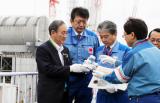 """东京电力公司对首相说核废水""""稀释了能喝"""",他没喝!"""