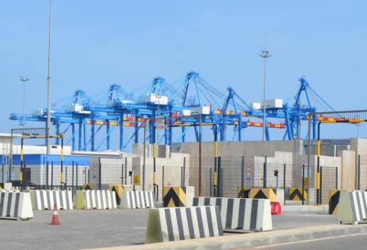 """""""行进式集装箱扫描仪""""在MPS公司港口投入启用"""