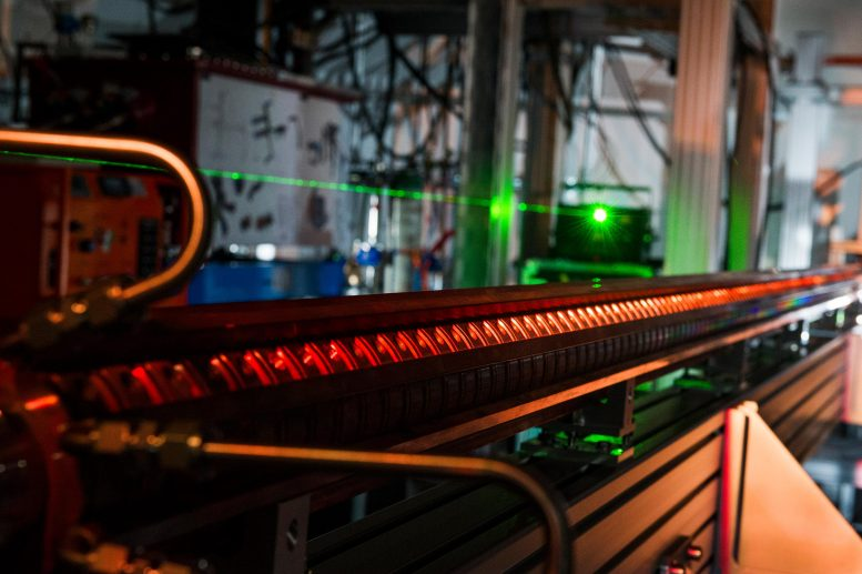 自主粒子加速器:借助人工智能更智能地加速