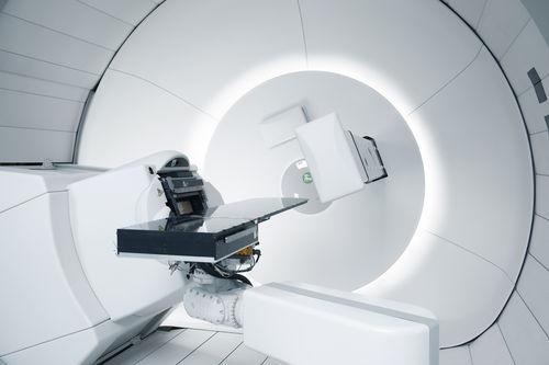 四川大学华西医院选择安装IBA公司回旋加速器