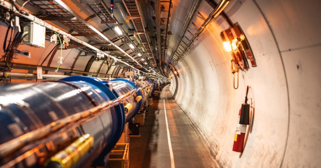 CERN预计首批测试光束将在2021年9月在大型强子对撞机中运行
