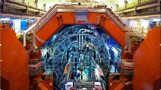 利用量子计算机计数生成对亚原子世界的模拟