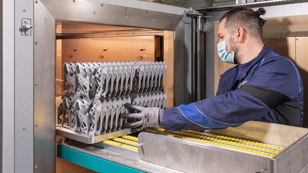 宝马集团正朝着工业3D打印流程的系统集成迈出下一步