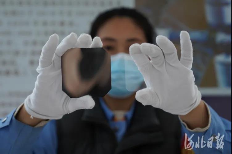 嫦娥五号飞天 秦皇岛抗辐照玻璃出力不少!