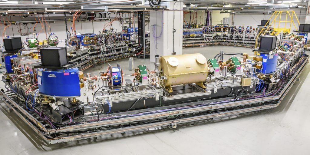 费米实验室加速器正在进行下一代粒子束冷却实验