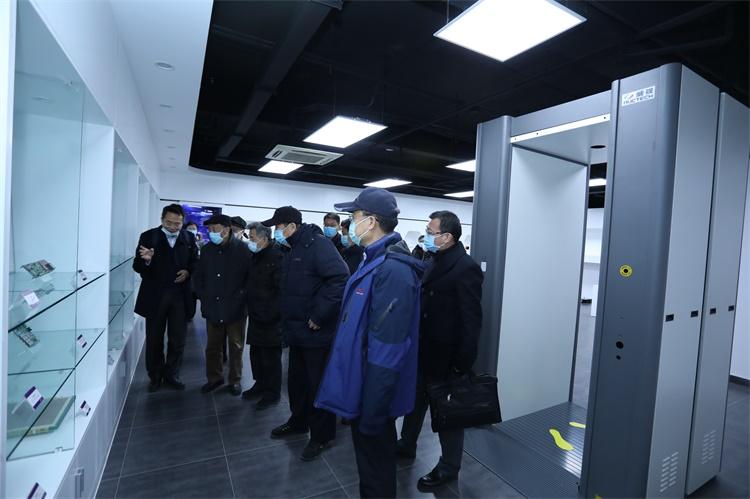 清华大学牵头的危爆物品扫描探测技术国家工程实验室建设项目通过验收