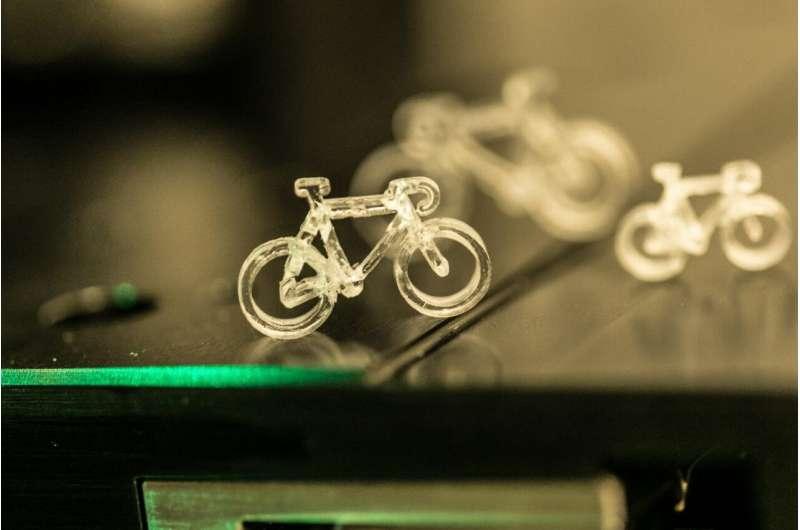 研究人员开发了基于激光的工艺 实现3D打印复杂的玻璃物体