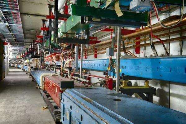 美国能源部为费米粒子加速器的机器学习提供资助
