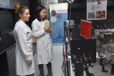 我国科学家光学新成果让传感器更智能 安检更高效