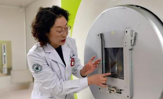 探访中国首个碳离子癌症治疗中心:已达全球同等水平