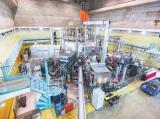自主设计、自主建造全超导托卡马克核聚变实验装置创造多项世界纪录