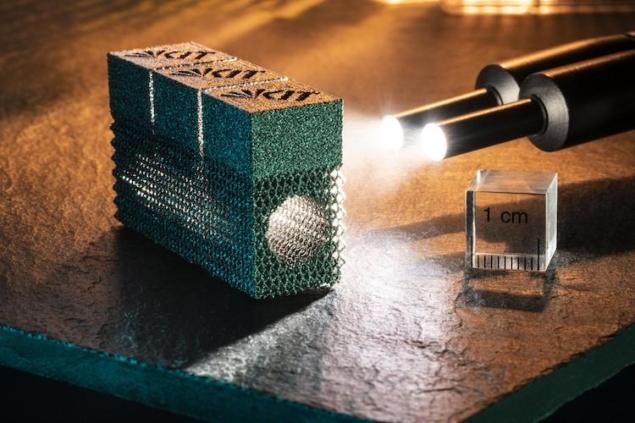 <p>3D打印技术保持脆性钨无裂纹</p>