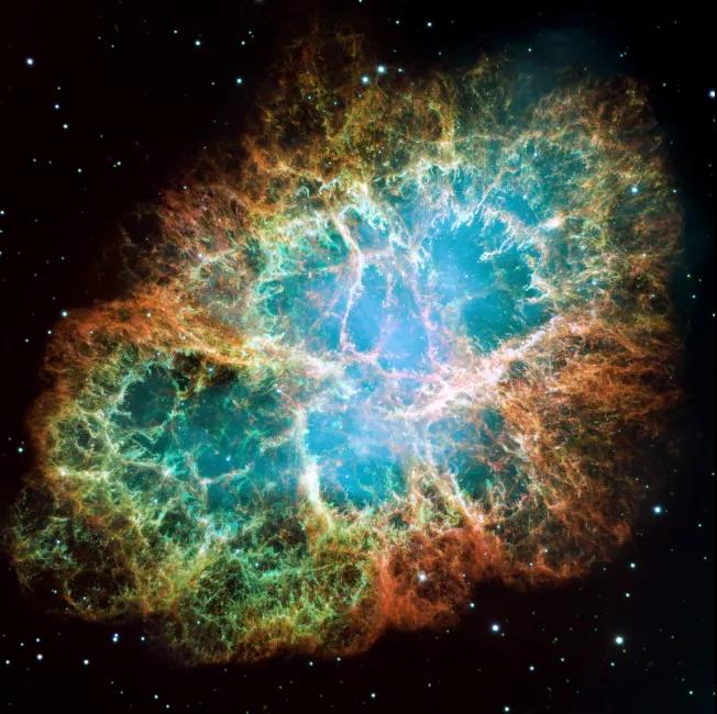 银河系中发现了十二种超高能粒子加速器