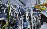 <p>FASER捕捉到第一个可能的对撞机中微子</p>