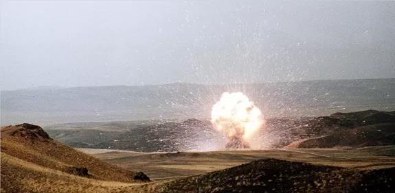 <p>2020年美国核武投入几乎是俄罗斯的5倍</p>